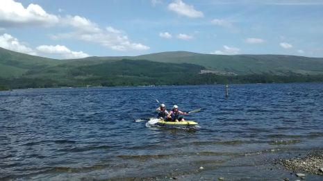 kayaking loch lomond in the sun